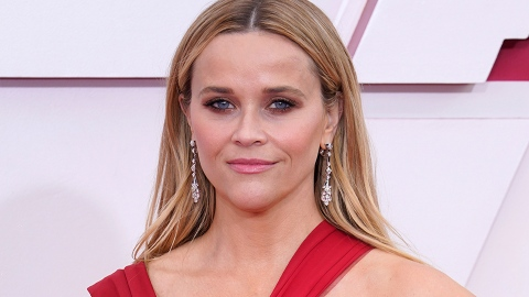 Reese Witherspoon's Oscars Look Settles This Raging TikTok Debate | StyleCaster