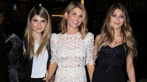 Here's How Lori Loughlin Celebrated Her 1st Mother's Day Since Being Released From Prison   StyleCaster