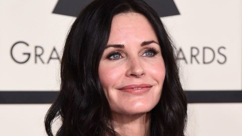 Courteney Cox Still Makes Millions From 'Friends' Today—Here's Her Net Worth   StyleCaster