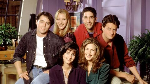 Here's How the Original 'Friends' Cast Salaries Compare to Their Reunion Paycheck | StyleCaster