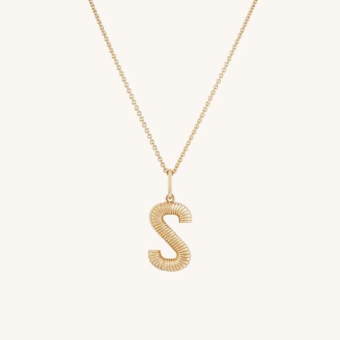 STYLECASTER   Grad Gifts