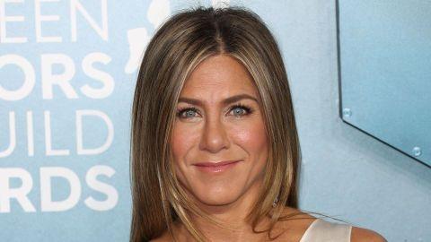 Jennifer Aniston Has a Look-Alike on TikTok & Her Impression of Her Is Spot-On | StyleCaster