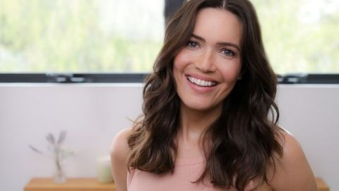 Whoa—Mandy Moore Is Now As Blonde As Her 'Candy' Days | StyleCaster
