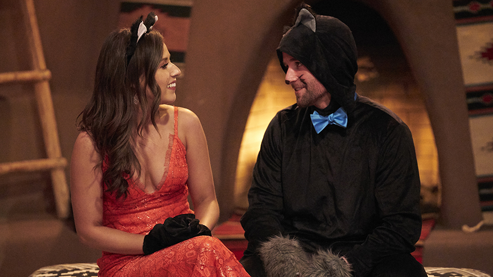 'The Bachelorette' Premiere Recap: Katie's Men—Including a Cat—Think Outside the 'Box' to Woo Her