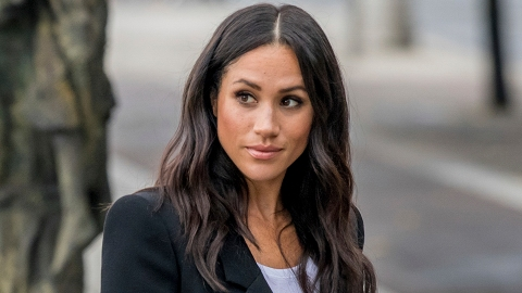 Meghan Markle Officially Dropped Her Royal Title Amid Her Drama With Harry's Family   StyleCaster