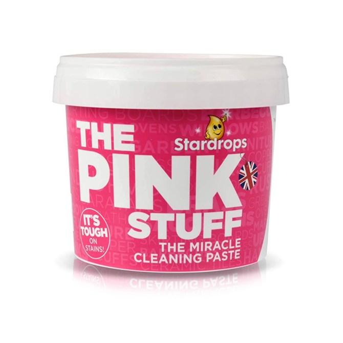 STYLECASTER |  La pasta per pulire la roba rosa