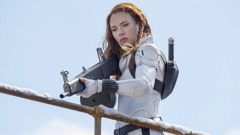 Scarlett Johansson Is Suing Marvel Over Her 'Black Widow' Salary—Here's How Much She Made   StyleCaster