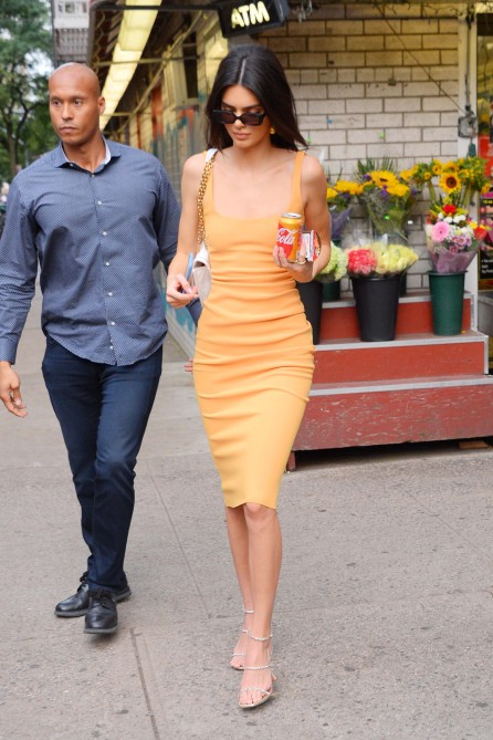 Kendall Jenner Street Style: See Her 10 Best Looks | StyleCaster