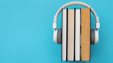 Audible Is Giving Free Subscriptions & Books to Students—Get the Deal Before It's Gone | StyleCaster