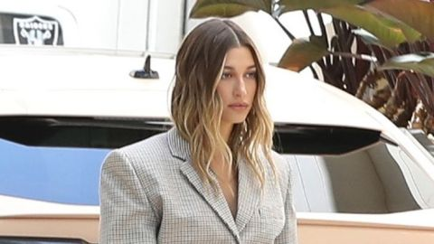 The Styling Tool Hailey Bieber Uses To Create Wavy 'Date Night' Hair | StyleCaster