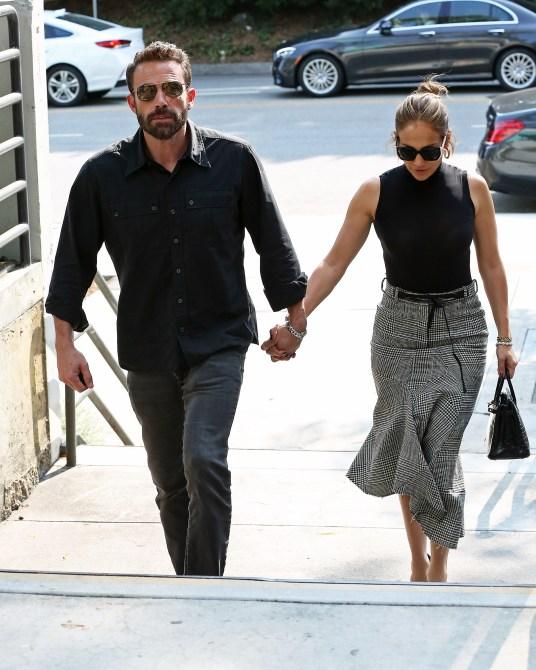 STYLECASTER   Jennifer Lopez Ben Affleck Fashion