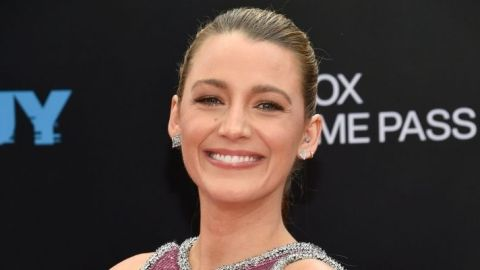 """Blake Lively Wore A """"Diamond Ponytail"""" On The Red Carpet & My Topknot Could Never 