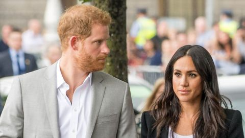 Harry & Meghan Were 'Furious' Over Photos Taken at the Hospital After Their Miscarriage   StyleCaster