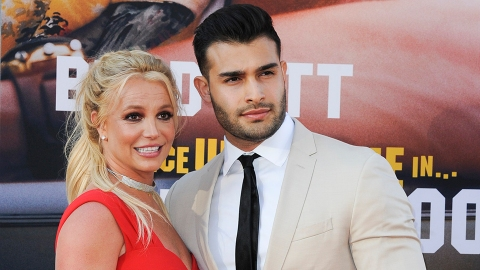 Britney's Engagement Ring Is Engraved With Her Fiancé's Sentimental Nickname For Her   StyleCaster