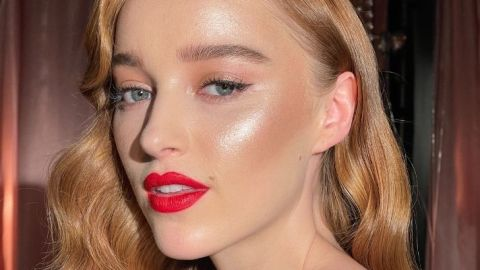 Phoebe Dynevor Looks Ultra-Hot as a Redhead in Her First-Ever Beauty Campaign   StyleCaster