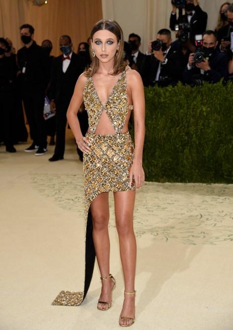 Emma Chamberlain Met Gala 2021 Outfit