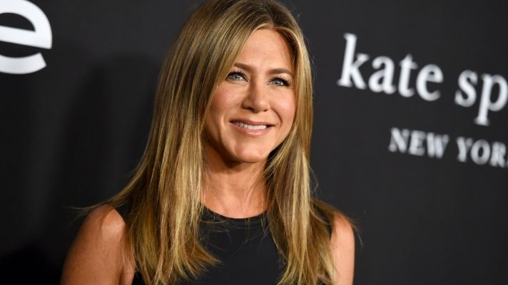 Jennifer Aniston's First Haircare Product Will Help You Get Her Iconic Mane