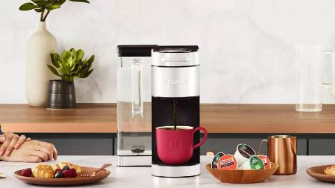 Keurig's Newest Coffee Maker Is A Lazy Gal's Dream | StyleCaster