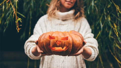 Sorry, Witches: These Zodiac Signs Will Have The Worst Halloween | StyleCaster