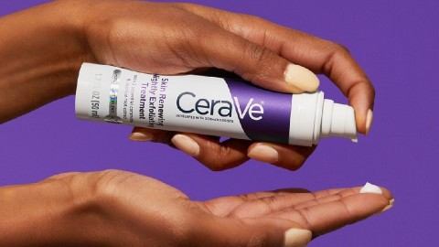 Shocking To Nobody: CeraVe's New Chemical Exfoliator Is Already A Hit | StyleCaster
