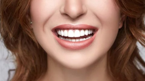 Smile! Crest Whitening Strips Are On Sale For The Lowest Price Of All Year | StyleCaster