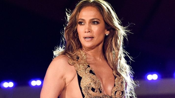 Jennifer Lopez Also Looks Great With Pink Hair, Unsurprisingly